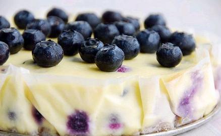 今天小编为大家准备了杯子版蓝莓蛋糕,外形精致可爱,大家不妨试试哦.